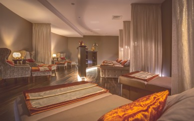 TREAT YOUR MUM TO A SPA-TACULAR MOTHER'S DAY WITH HASTINGS HOTELS