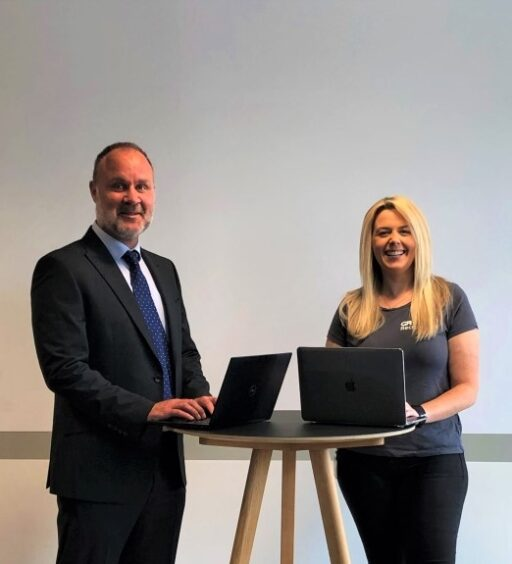 Recruitment company provides digital skills to people affected by pandemic