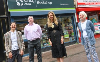 LORD MAYOR TAKES A TRIP DOWN MEMORY LANEWITH VISIT TO CHARITY BOOKSTORE