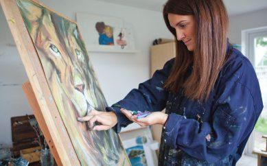 EAST BELFAST ARTIST ALY HARTE EXHIBITS IN STRANMILLIS